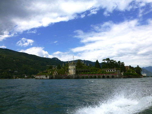 Approaching the Isola Bella