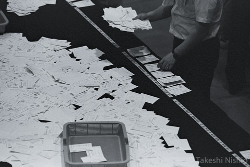 候補者ごとに票を仕分け / Sorting by candidates