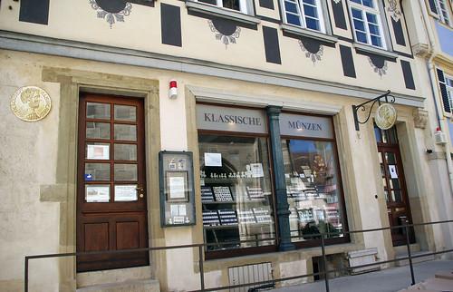 Dr. Brant's coin shop, Klassische Münzen