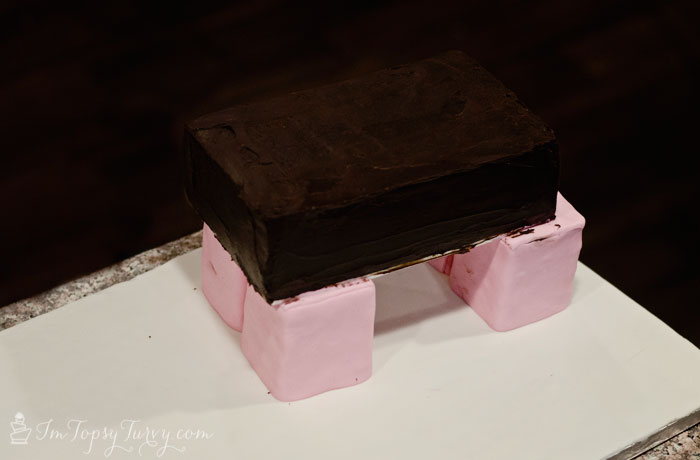 minecraft-cake-tutorial-pig-body