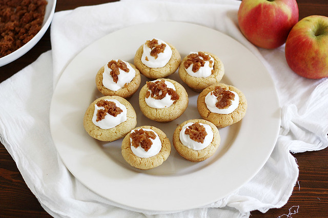 dutch apple crisp yogurt cookie cups