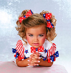 29-creepy-toddlers-tiaras--large-msg-131189584281