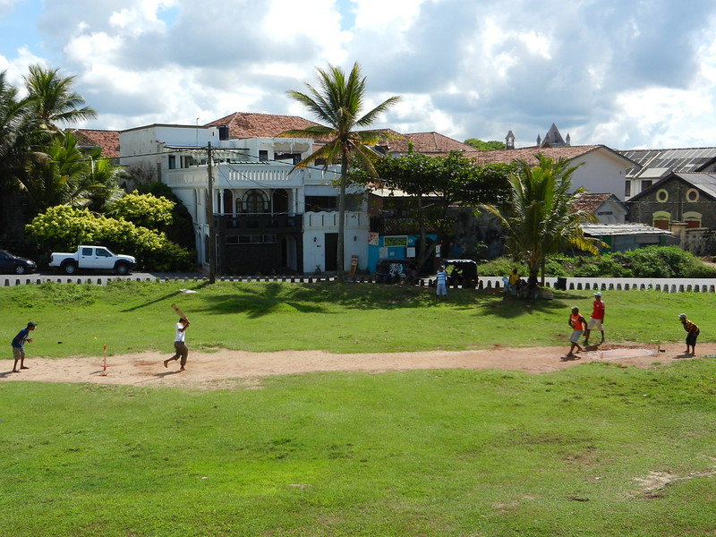 на Шри Ланке играют в крикет
