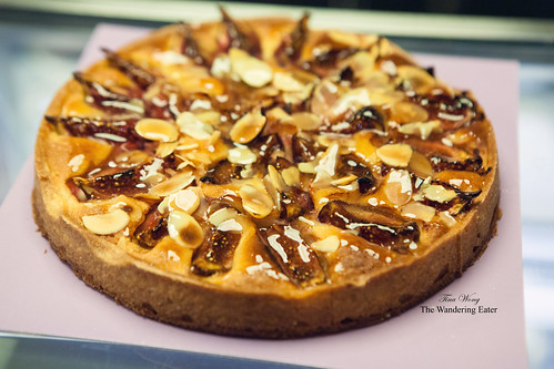 Fig and almond tart (large size)