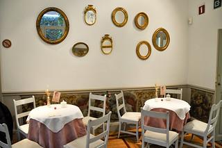 http://hojeconhecemos.blogspot.com/2013/11/eat-cafe-del-jardin-madrid-espanha.html