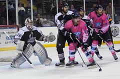 stick and ball games(0.0), roller hockey(0.0), roller in-line hockey(0.0), ball game(0.0), sports(1.0), team sport(1.0), ice hockey(1.0), hockey(1.0), player(1.0), goaltender(1.0), defenseman(1.0), ice hockey position(1.0), college ice hockey(1.0), bandy(1.0), athlete(1.0), tournament(1.0),