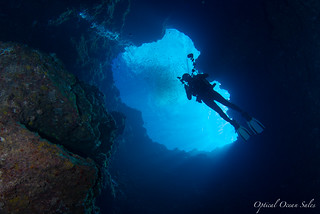 Blue Hole Descent