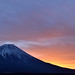 Before sunrise at Mt.Fuji by mikaest.777
