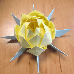 วิธีการพับกระดาษเป็นดอกบัวแบบแยกประกอบส่วน 021