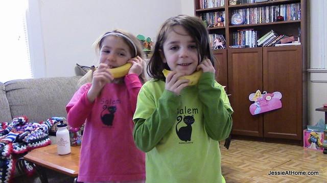 Banana-chat-time
