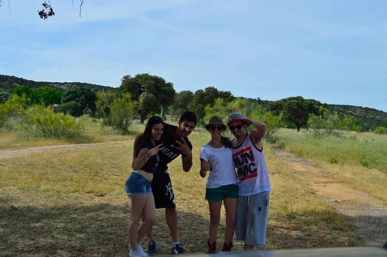 lara-vazquez-madlula-blog-fashion-safari-day-madrid-friends-good-times