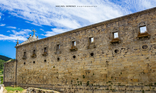 Ruínas dormitório do Mosteiro de São João de Tarouca, Tarouca - Portugal