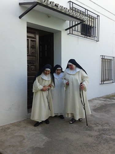 AionSur 14474819982_6819825f7e_d Las Madres Dominicas de Arahal se despidieron de 4 siglos de historia Sociedad