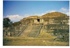 Tazumal Pyramids3