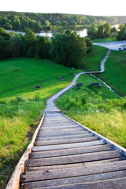 Laiptai į Merkinės piliakalnį
