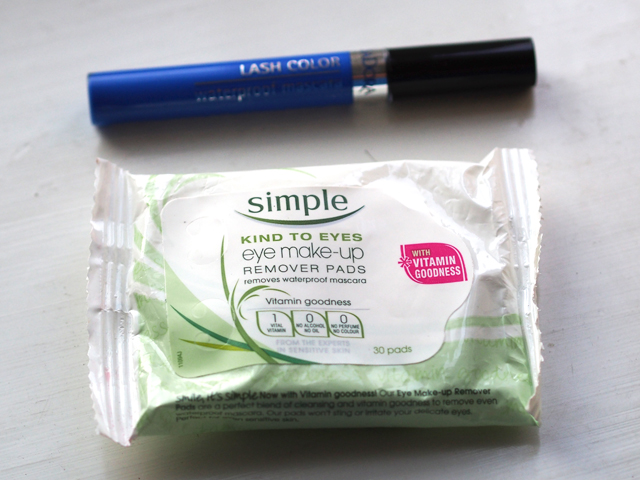 simple make up remover pads