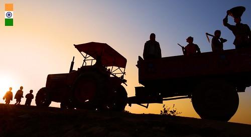 sunset people india home silhouette nikon country nation independenceday bengal peasant villagelife returninghome workingpeople 2013 purulia ruralbengal ruralwestbengal जयहिंद buildingournation murgums