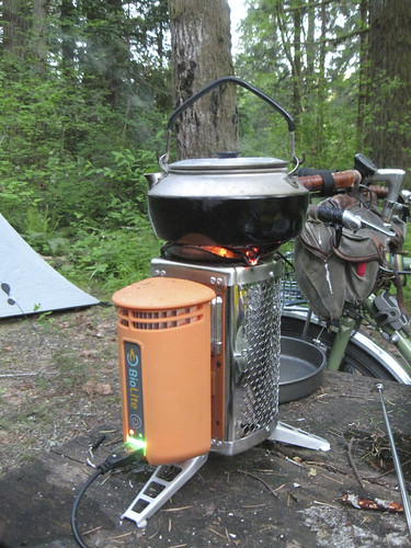 Biolite Stove - charging an external battery