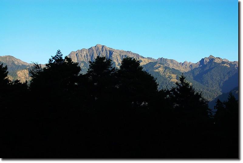 南湖大山主、南連稜(From 多加屯山) 1