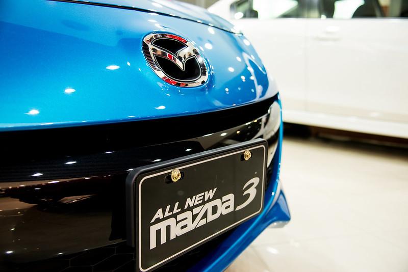 Mazda3-2045