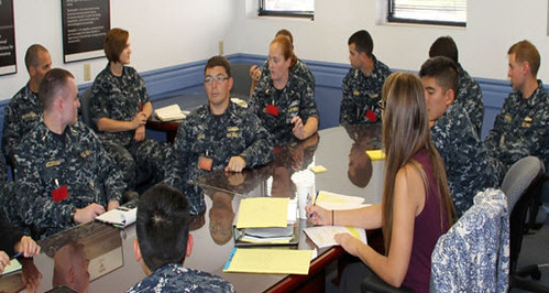 A group of USS Benfold (DDG 65) Sailors visited the Space and Naval Warfare (SPAWAR) Systems Center in Point Loma, Calif.