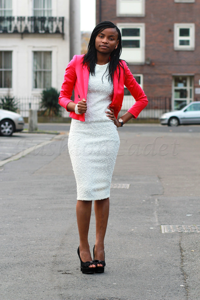 white-dress-&-pink-blazer, hot pink blazer, White is the new black, how to wear winter whites, winter whites, white trend