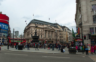 Piccadilly Circus et le London Pavilion Building