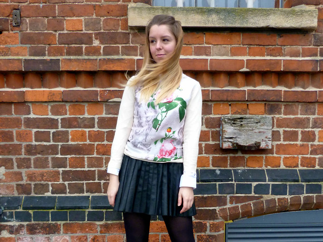 Floral jumper and pleated leather skirt | ootd