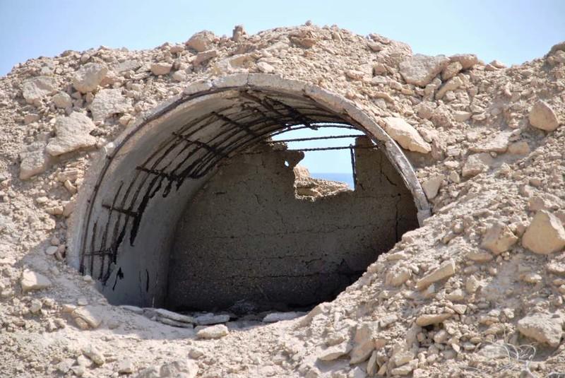 105 bunkers En la Isla de Hengam (79)