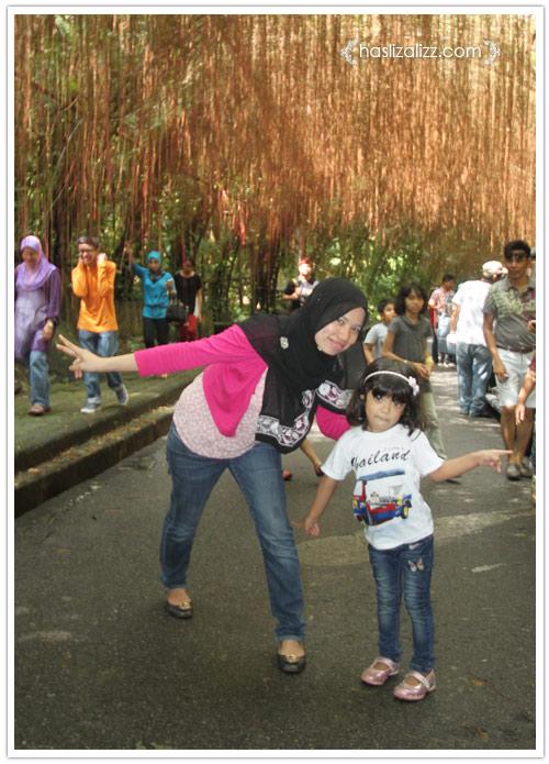 11713939356 750ce33af2 o BERCUTI DI HATYAI THAILAND PART 6   songkhla Zoo