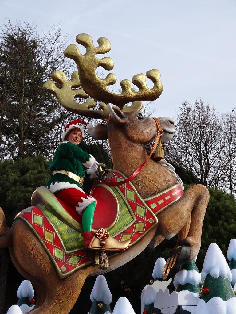Un séjour pour la Noël à Disneyland et au Royaume d'Arendelle.... - Page 3 13669253245_e755817659_b