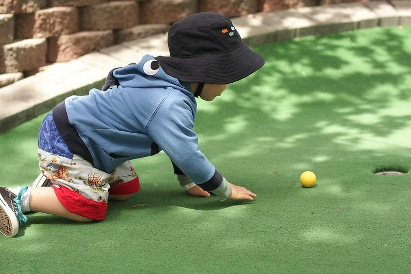 L's golfing method