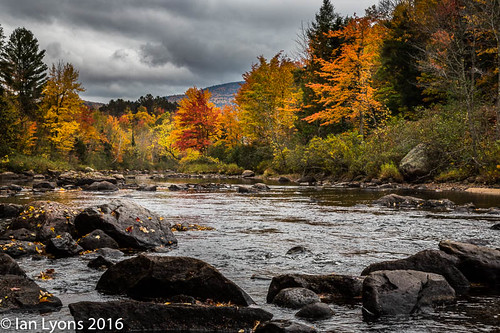 usa tranquilscene stark concepts river northamerica water newhampshire colourful landscape fall scenic fallcolours