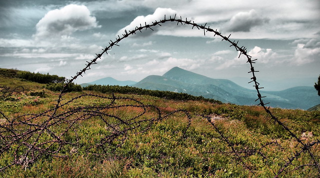 2007. Ukraine. Carpathians. Mountain range Chornohora