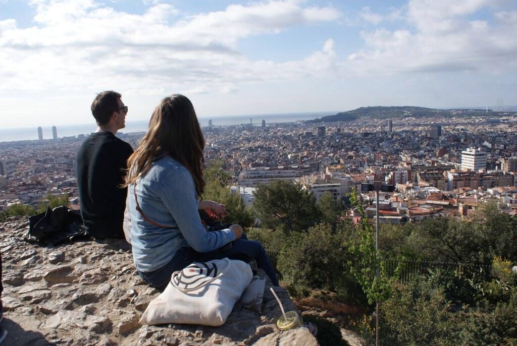 Vue sur Barcelone depuis le parc Guel.