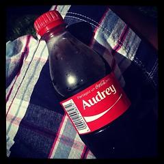 Partagez Un Coca❤ avec.. #shareacoke #partagezuncoca #cocacola #coke #audrey #instafun #instamoment #instalife - Photo of Sainte-Mesme