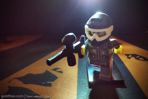 LEGO : Night Paintball