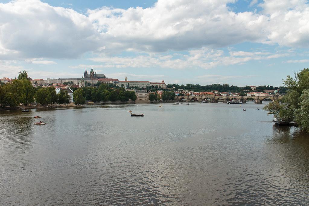 מצודת פראג ונהר וולטאבה