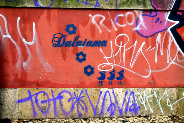 stencil | dalaiama | lisbon 2013