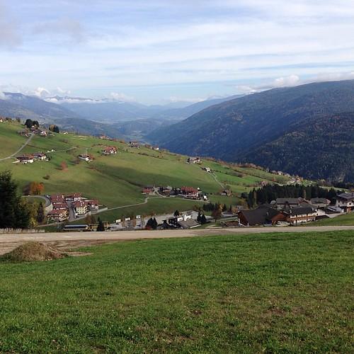 Talblick ins #Passeiertal und den #Bacherhof #Gitschberg #Südtirol #Meransen