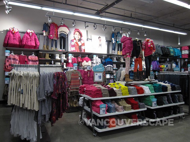 Old Navy Vancouver Shopping Preview-12