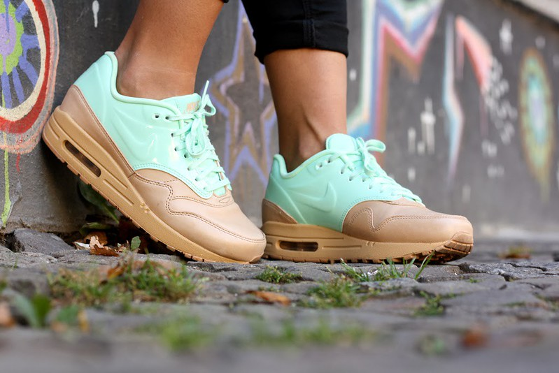 Nike-Air-Max-1-VT-QS-vachetta-pack-mint-01