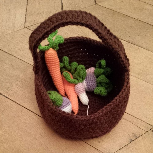Crocheted vegetables