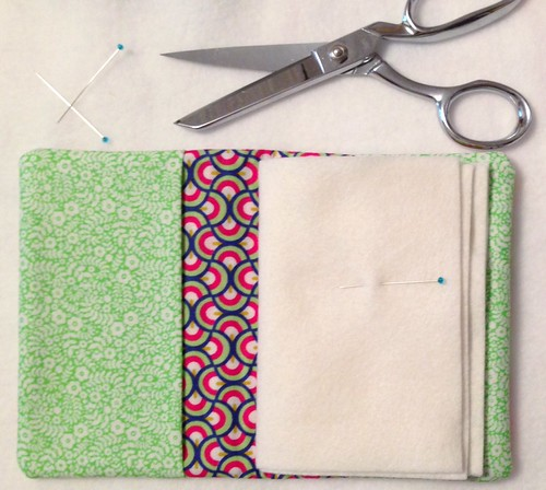 Sewing-time Needlbook