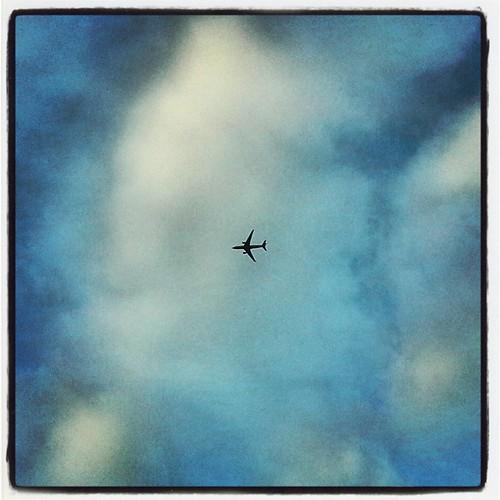Un aeroplano in viaggio