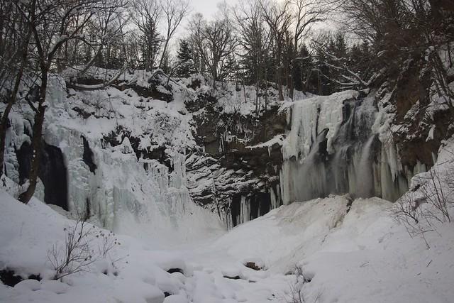 アシリベツの滝-1