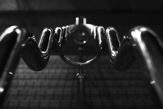 20140225_01_Metallic handrail
