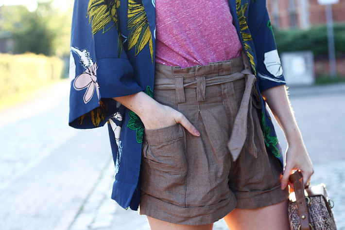 kimono paper bag waist shorts outfit