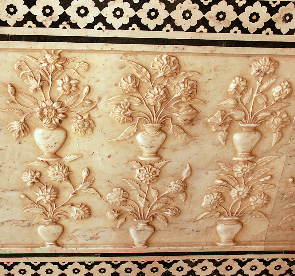 inlaid marble work at amer fort