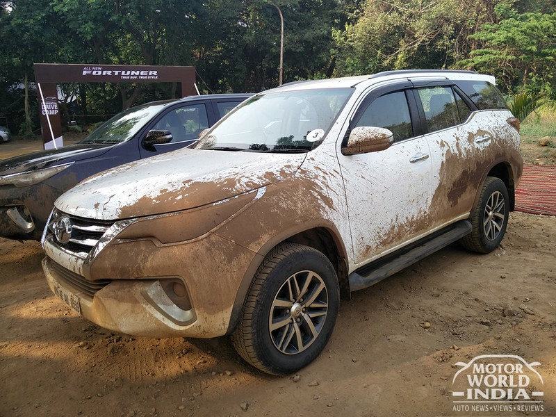 2017-Toyota-Fortuner-Ofrroad-Drive-Experience (4)